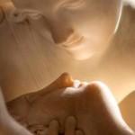 Psiquê reanimada pelo beijo do Amor - Antonio Canova mármore, 1,55 de altura, 1787-1793. Conservada no Musée du Louvre